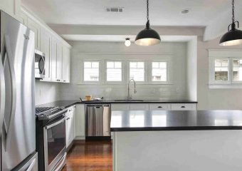 White Shaker Solid Wood Cabinets